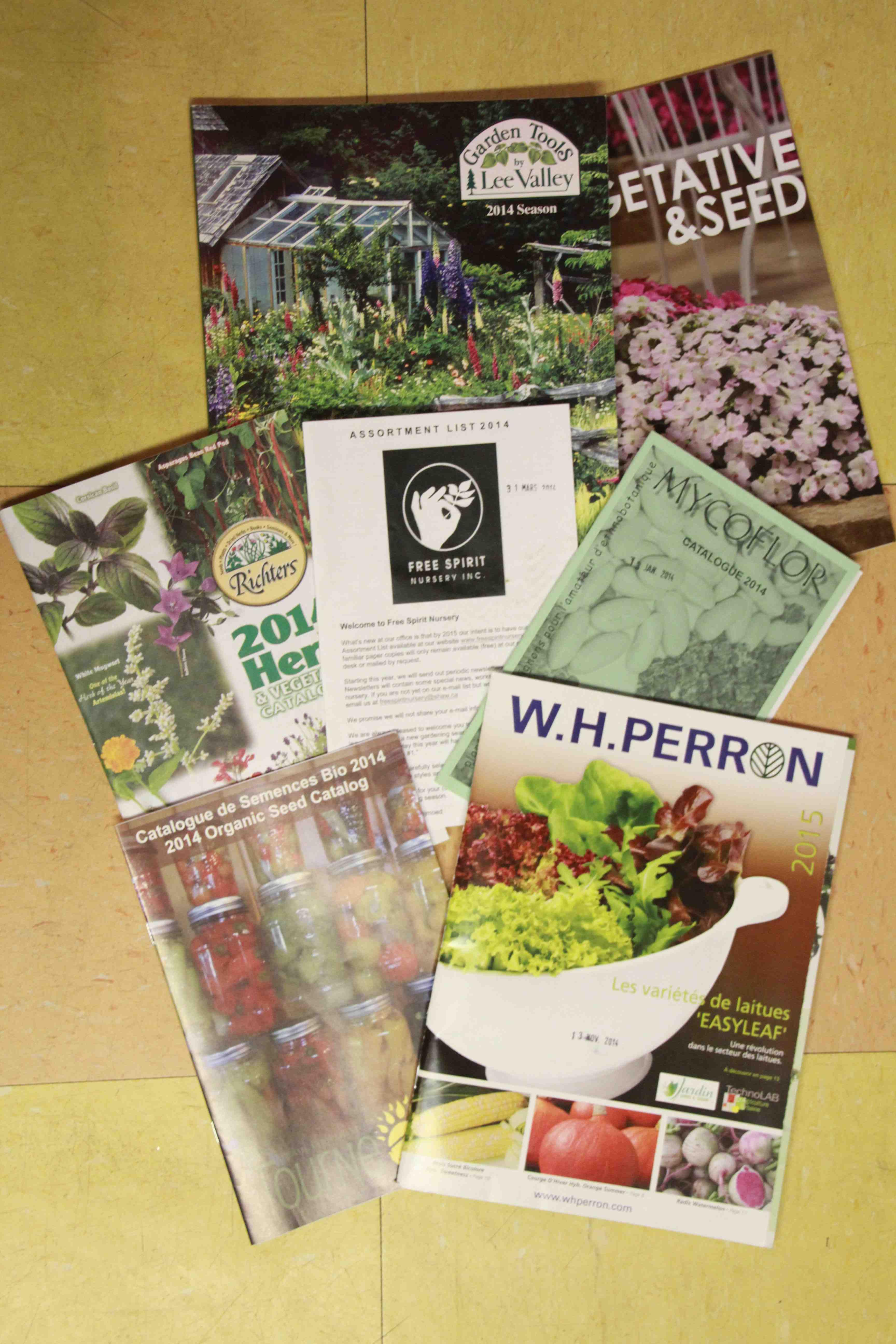 Catalogues jardinier paresseux for Catalogue de jardinage