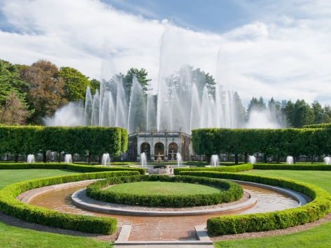Longwood Fountain.jpg