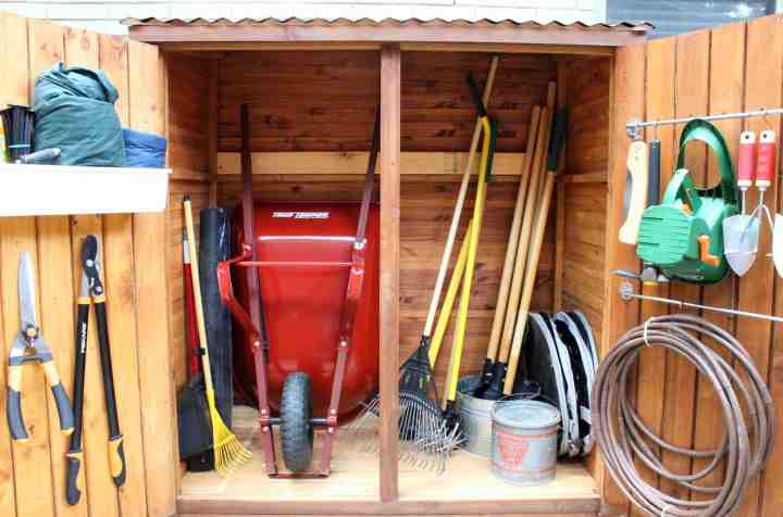 tool-shed-interior-all-cleaned-up